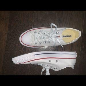 Converse Shoes - BRAND NEW white Converse